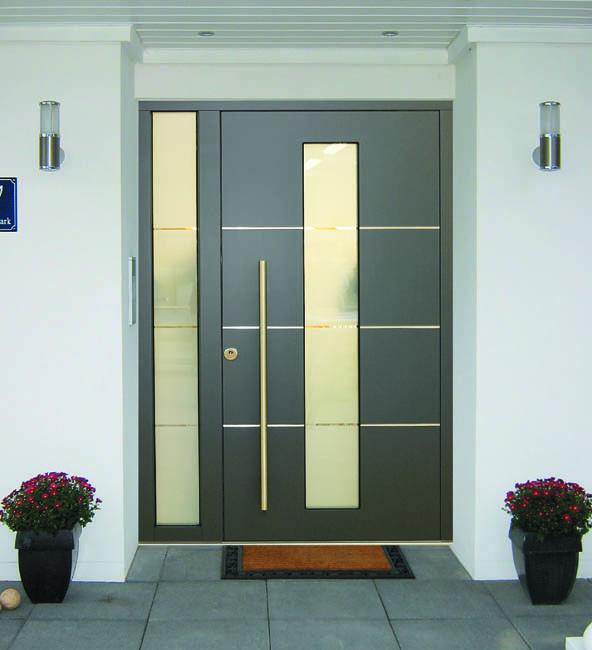 Haustüren mit breitem seitenteil  Haustüren Brunkhorst, Haustüren aus Holz, Holzhaustüren ...